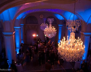 Uplighting at Omni Severin by Troy Hill
